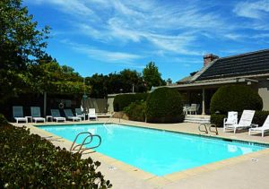 White Oaks Condos - Pool